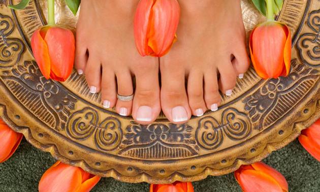 Pedicurebehandeling + voetreflexmassage (60 min)