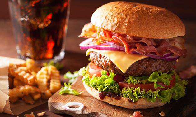 Menu burger à la carte chez Canadian Burgers