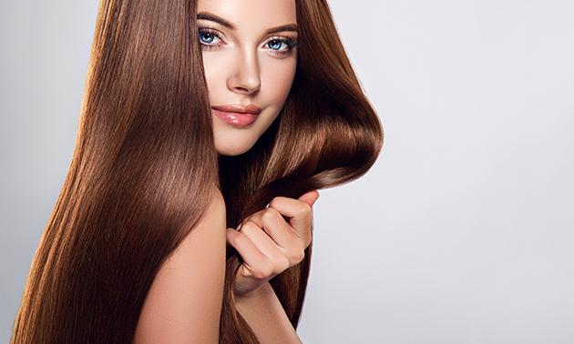 Keratinebehandeling voor het haar (m/v)
