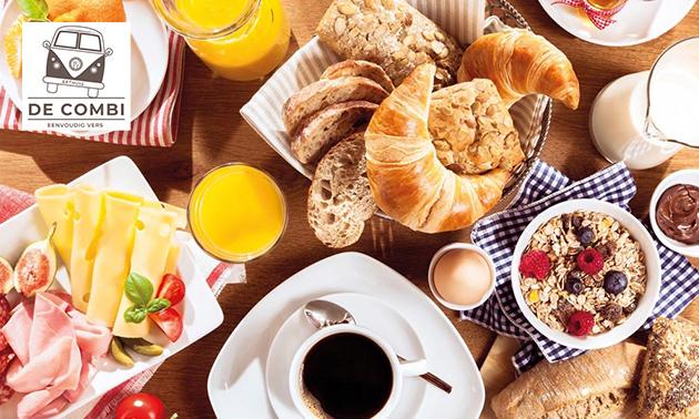 Onbeperkt ontbijtbuffet in hartje Oostende