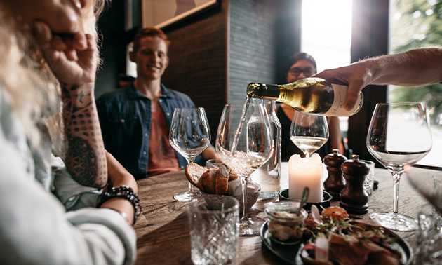 Wijnproeverij aan huis (1,5 tot 2 uur)