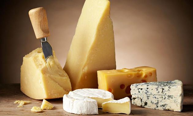 Workshop kaas maken (2,5 uur) + drankje + lekkers