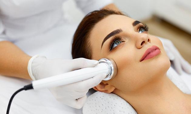 Luxe gezichtsbehandeling naar keuze (90 min)