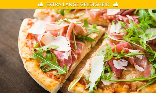 Grote pizza naar keuze + dessert