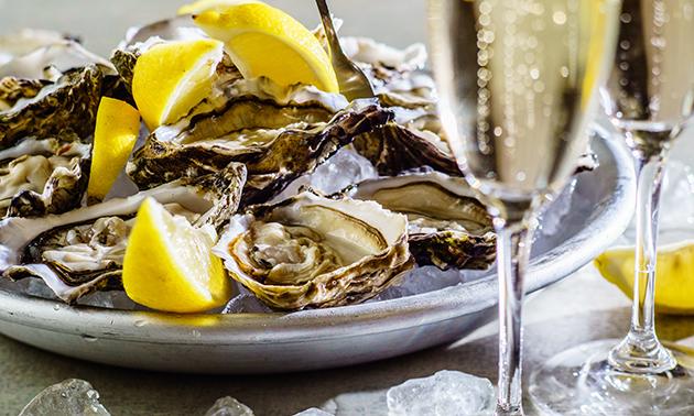 Afhalen: oesters met champagne of wijn voor 2