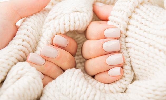 Manicurebehandeling + evt. gelnagels