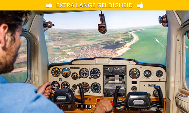 Vliegen in een flight simulator