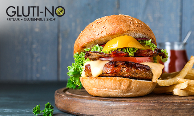 Afhalen: friet + saus + hamburger + frisdrank