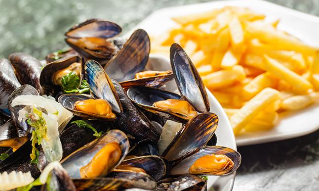 1 kilo Zeeuwse mosselen + frietjes bij Huyze die Maene