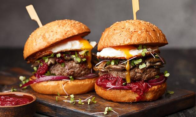 Afhalen: burger + friet + frisdrank bij King's Boutique