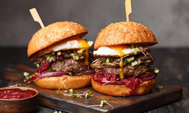 Afhalen: compleet burgermenu + drankje