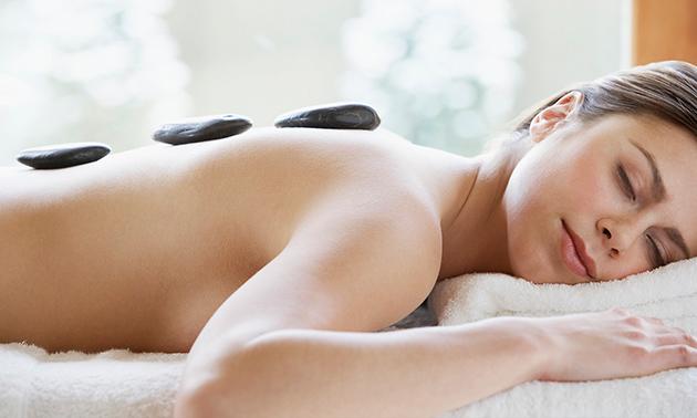 Ontspannings- of hotstonemassage (60 min)