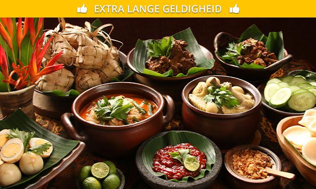 Indonesische rijsttafel + voor- en nagerecht bij Maxima's