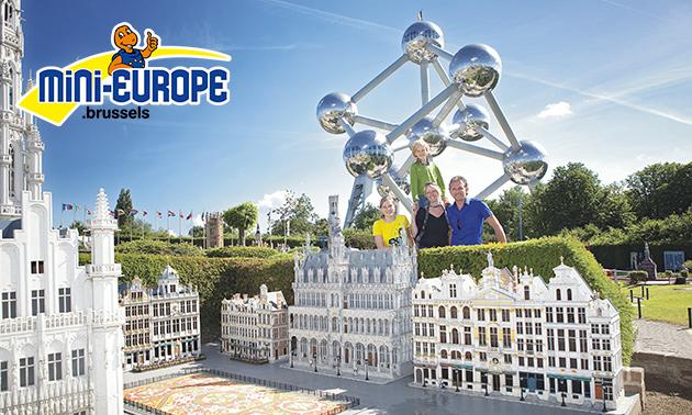 Entree voor Mini-Europe aan de voet van het Atomium