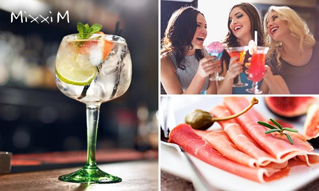 Cocktail of gin tonic + borrelhapjes