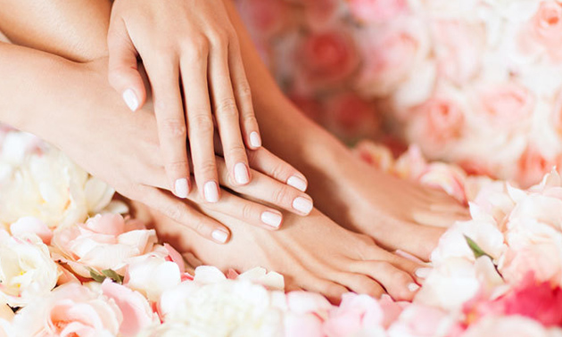 Gellak + manicure- en/of pedicurebehandeling