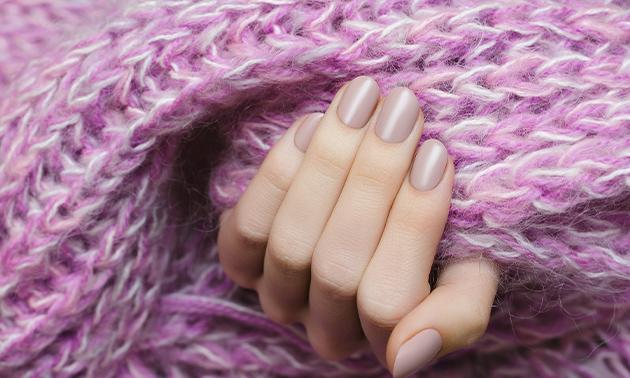 Spa-manicurebehandeling (45 min) evt. + gellak