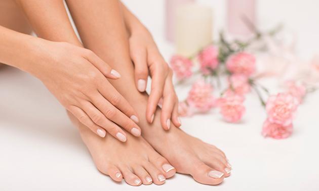 Spa-manicure- of spa-pedicurebehandeling + evt. gellak