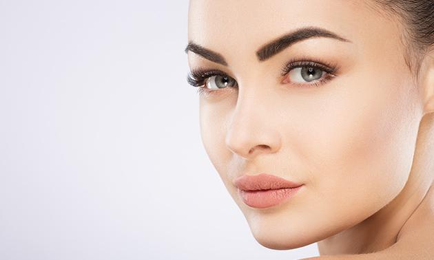 Permanente make-up wenkbrauwen