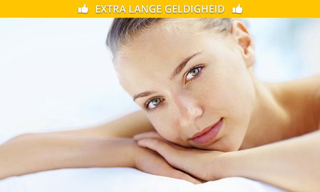 Facelifting gezichtsbehandeling(en)