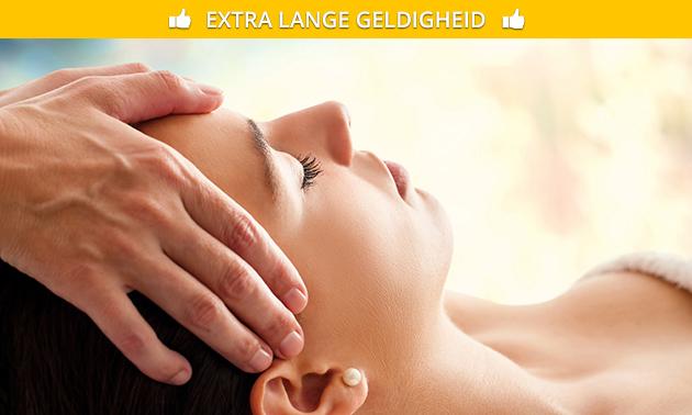Reikibehandeling (60 min) of hoofdreflexologie (90 min)