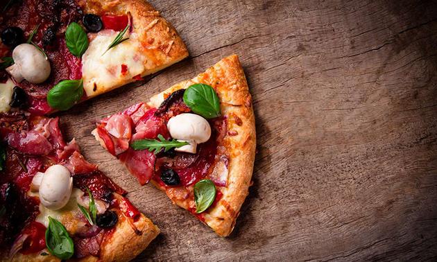 Afhalen: pizza + drankje in hartje Almere