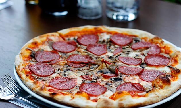 Afhalen: pizza (25 keuzes) + frisdrank naar keuze