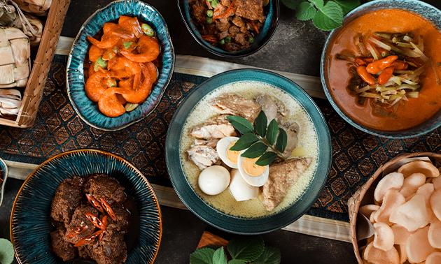 Afhalen: rijsttafel naar keuze
