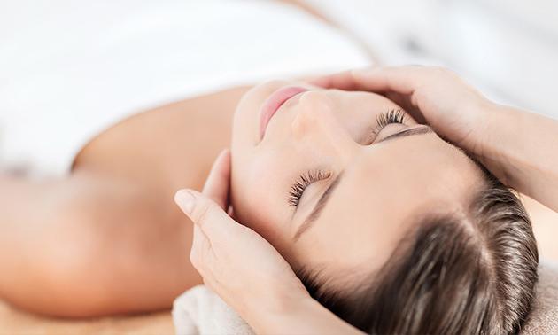Gelaatsbehandeling (60 min) + evt. huiddiagnose + cava