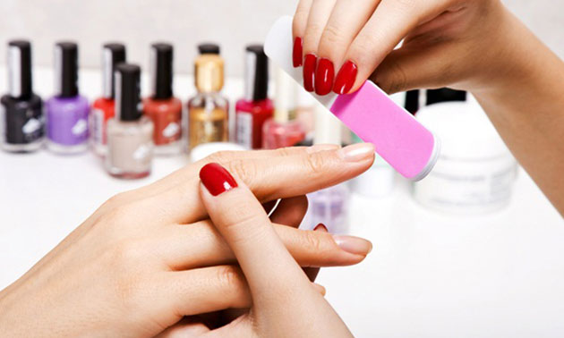 Manicurebehandeling (20, 30 of 45 min)