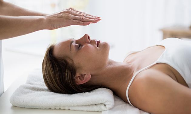 Behandeling magnetiseren (60 min) of gezichtsbehandeling(en)