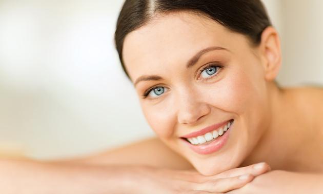 Huidverbeterende gezichtsbehandeling (45 of 75 min)
