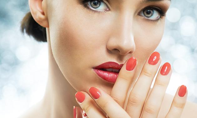 Manicurebehandeling (60 min) + evt. gellak