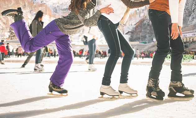 2 uur schaatsen + drankje bij Valkenburg on Ice