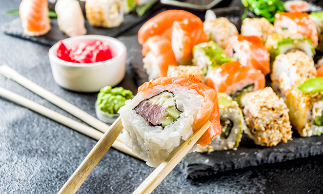 Afhalen bij Wok of The King: sushibox 26, 36 of 50 stuks